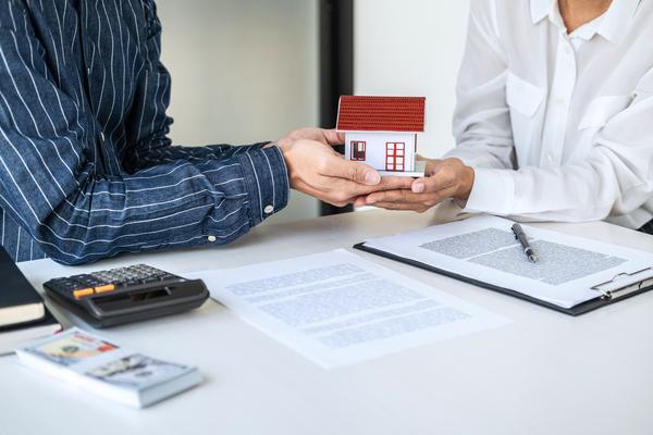 Att sälja och värdera sin bostad