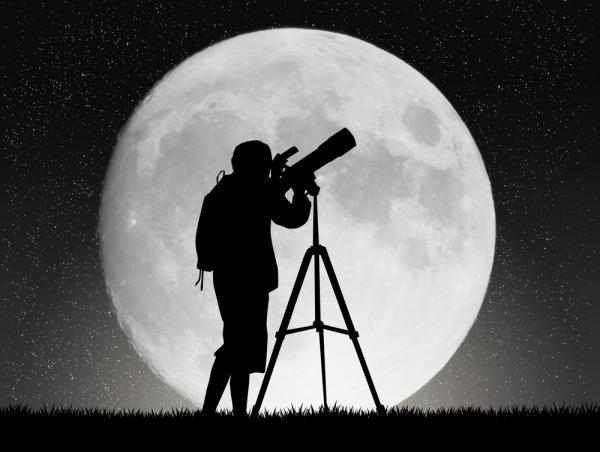 Vad är supermåne?